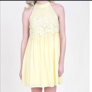 Altar 'd State Lace yellow dress size M